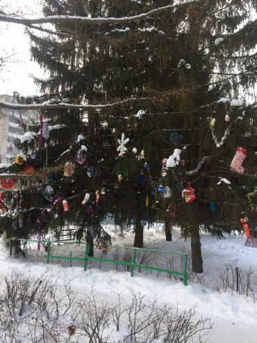Акция «Нарядим елку»