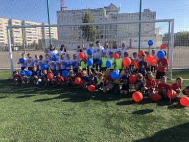 С юных лет с футболом
