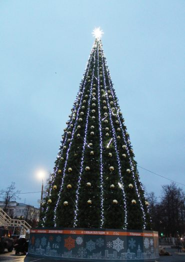 Что ждет дзержинцев на главной новогодней площади города?